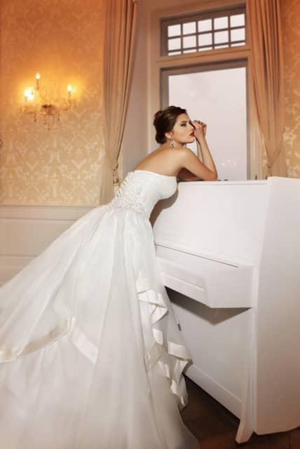 Brautkleid -  jedes Kleid 799€